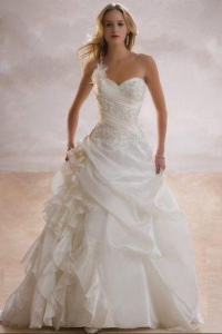 Gorgeous, affordable wedding dresses in Cape Town